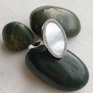 NWT Mother of Pearl halo cz silver Ring sz 7